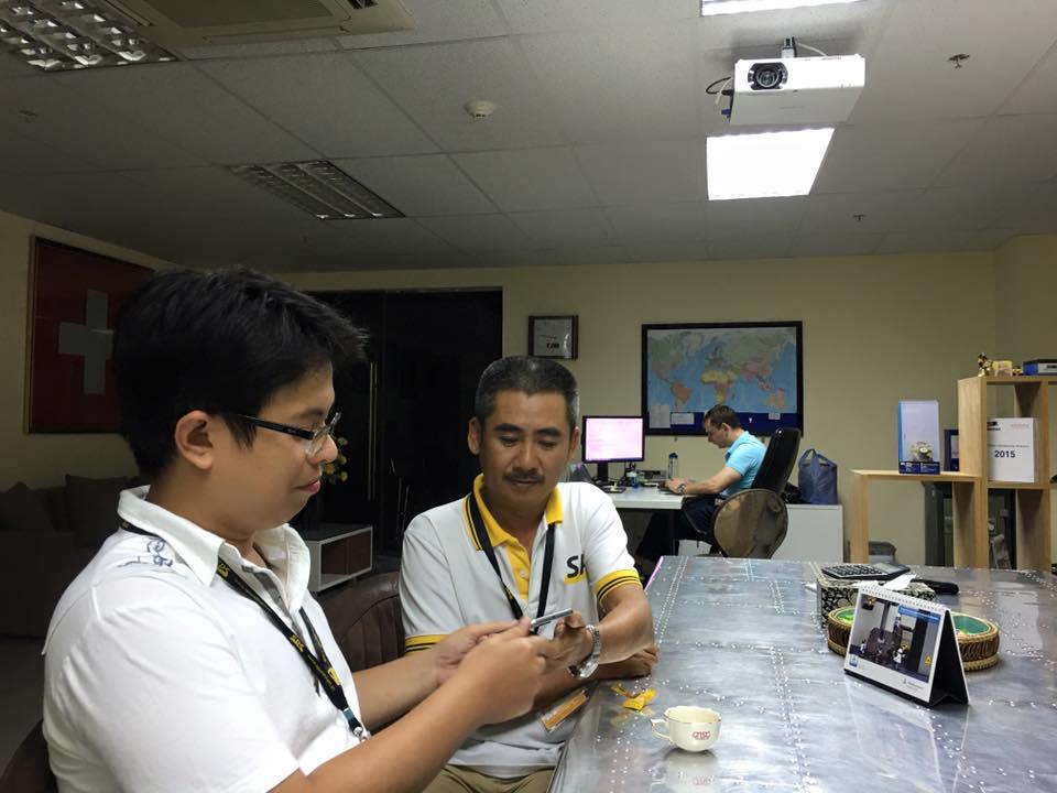 Anh Phan Trường Hải (thứ hai từ trái sang) - diễn giả của chươn trình. (Ảnh: NVCC)